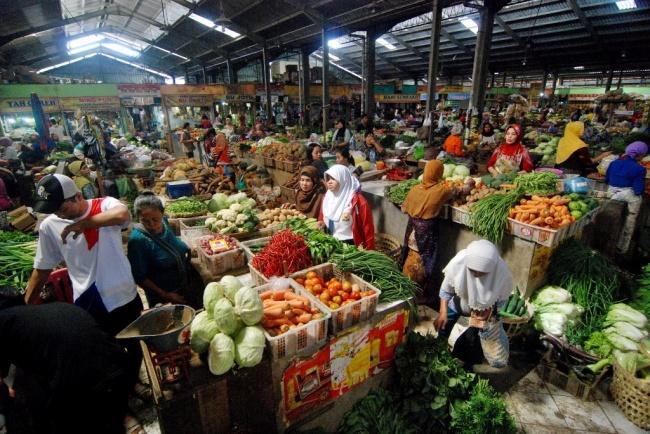 LAMPUNG POST | BPS: Momen Puasa-Lebaran 2017 Sumbang Inflasi 1,08%