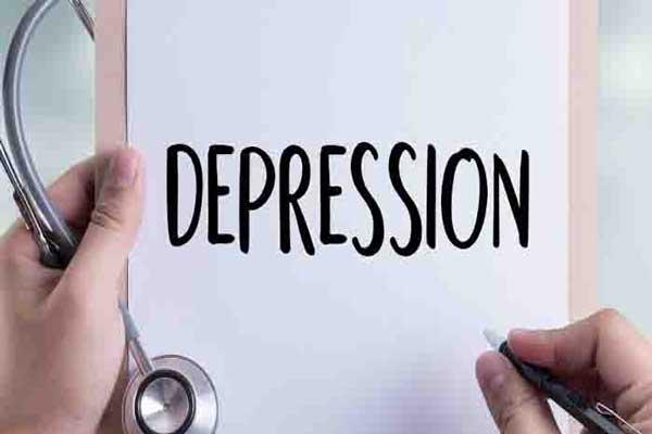 LAMPUNG POST | Pubertas Dini Rentan Depresi