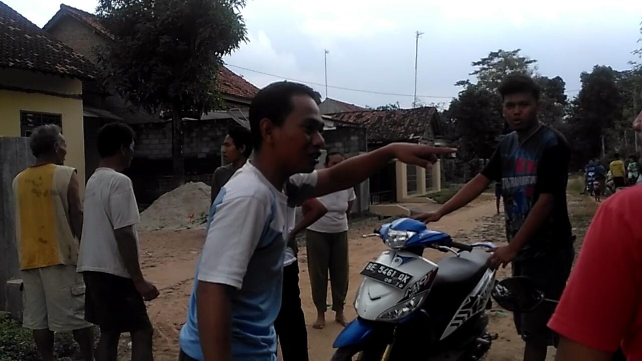LAMPUNG POST | Pencuri Kabur Usia Mengacak Isi Rumah Guru di Tubaba