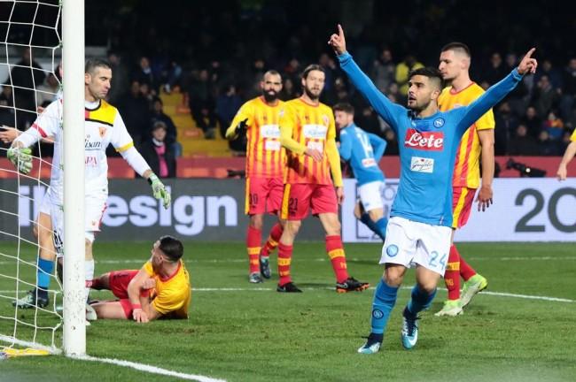 Tekuk Benevento, Napoli Geser Juve dari Puncak Klasemen Sementara