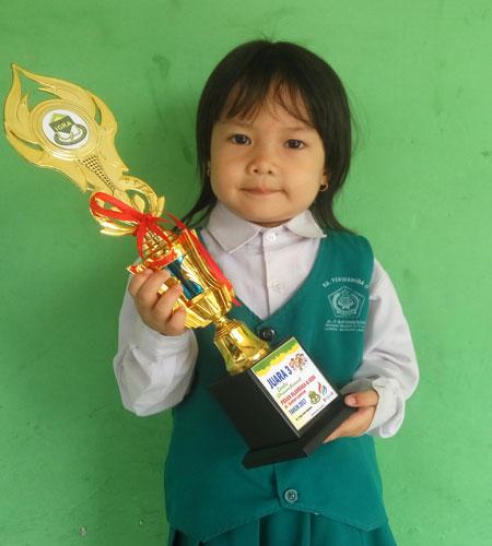 LAMPUNG POST | Juara Hafalan Surah Pendek