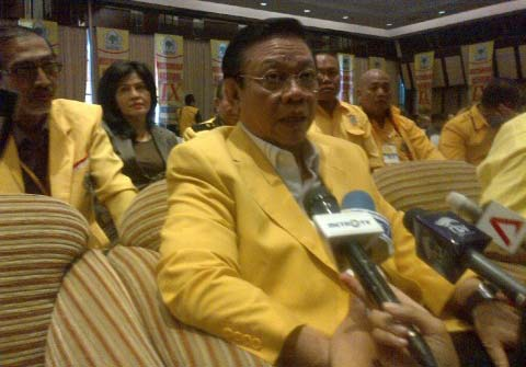 LAMPUNG POST | DPP Golkar Bantah Desak Novanto untuk Mundur