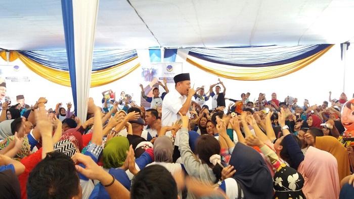 LAMPUNG POST | Ratusan Relawan Siap Menangkan Mustafa