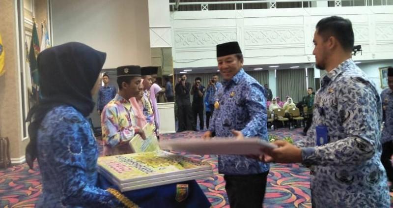 5 Tahfiz dan Tafsir dapat Tali Asih dari Gubernur Lampung