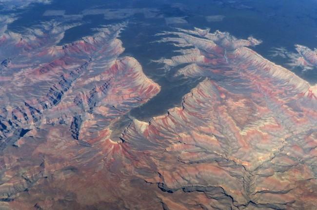 Tiga Warga Inggris Tewas dalam Kecelakaan Helikopter di Grand Canyon