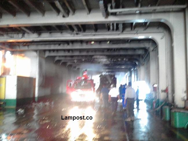 Truk Fuso Terbakar dalam Kapal Portlink III di Dermaga Pelabuhan Bakauheni