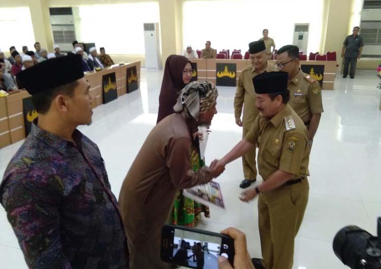 Pemkot Kucurkan Bantuan Rp4,6 M ke Ponpes Se-Bandar Lampung