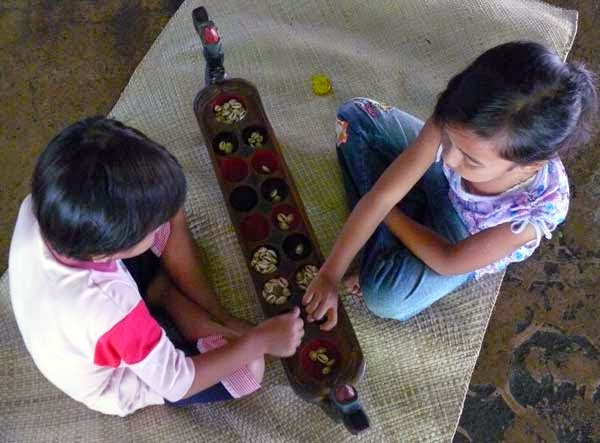 LAMPUNG POST | Permainan Tradisional Buat Anak Lebih Kreatif