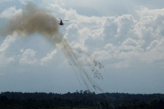 Helikopter Serang Fennec AS 550 C3 Kembali Menembak