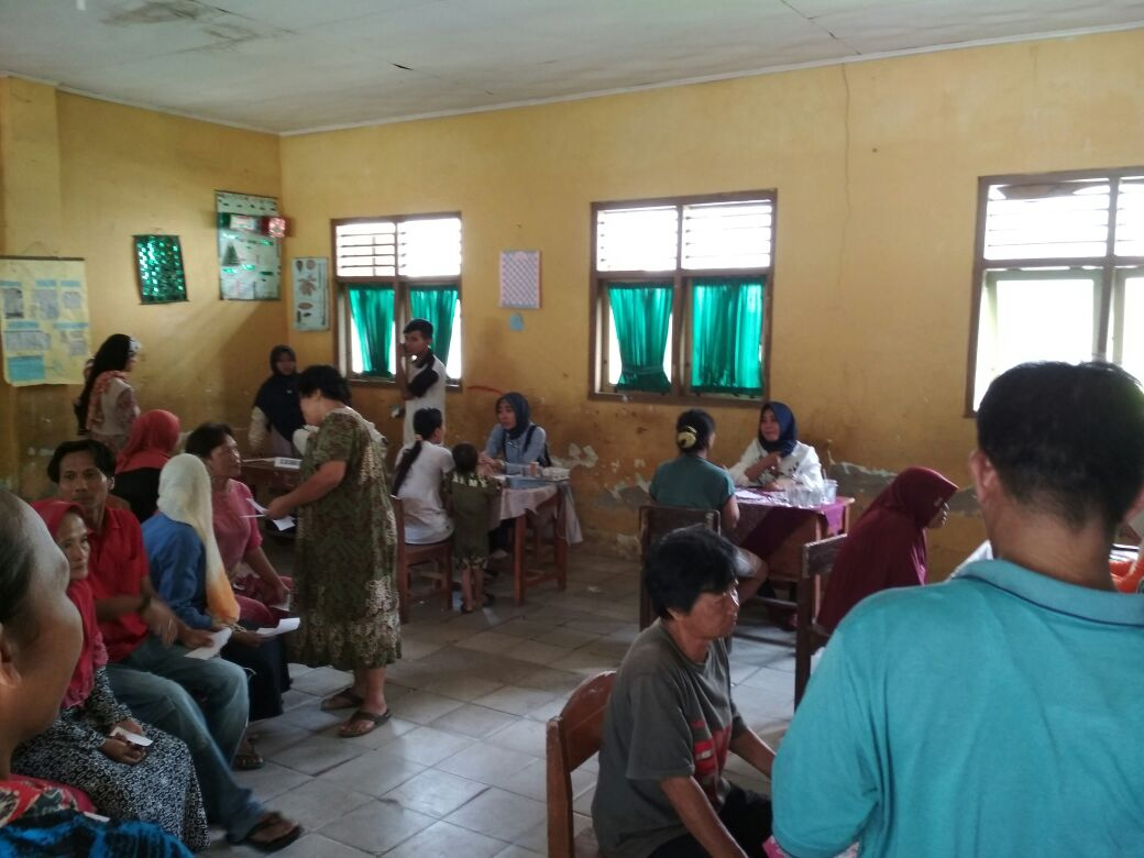 Warga Kelurahan Pidada Ikut Program Kesehatan Gratis