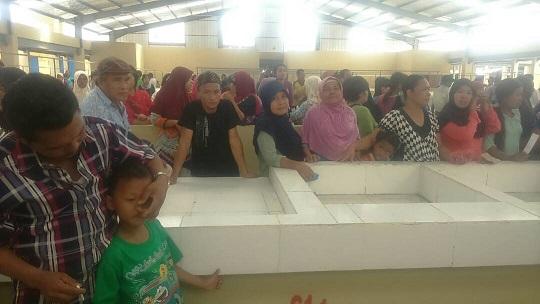 LAMPUNG POST   Pedagang Pasar Putri Menggala Tolak Pemindahan