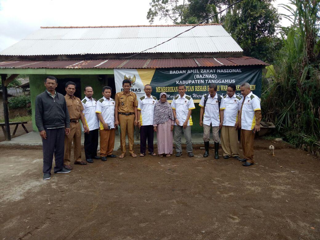 Baznas Tanggamus Bedah Rumah Guru Ngaji di Ulubelu