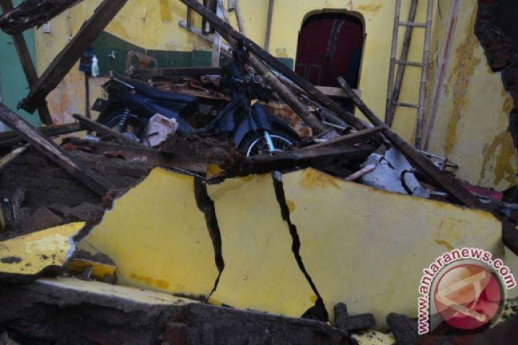 LAMPUNG POST | BNPB Imbau Masyarakat Tetap Waspadai Bencana