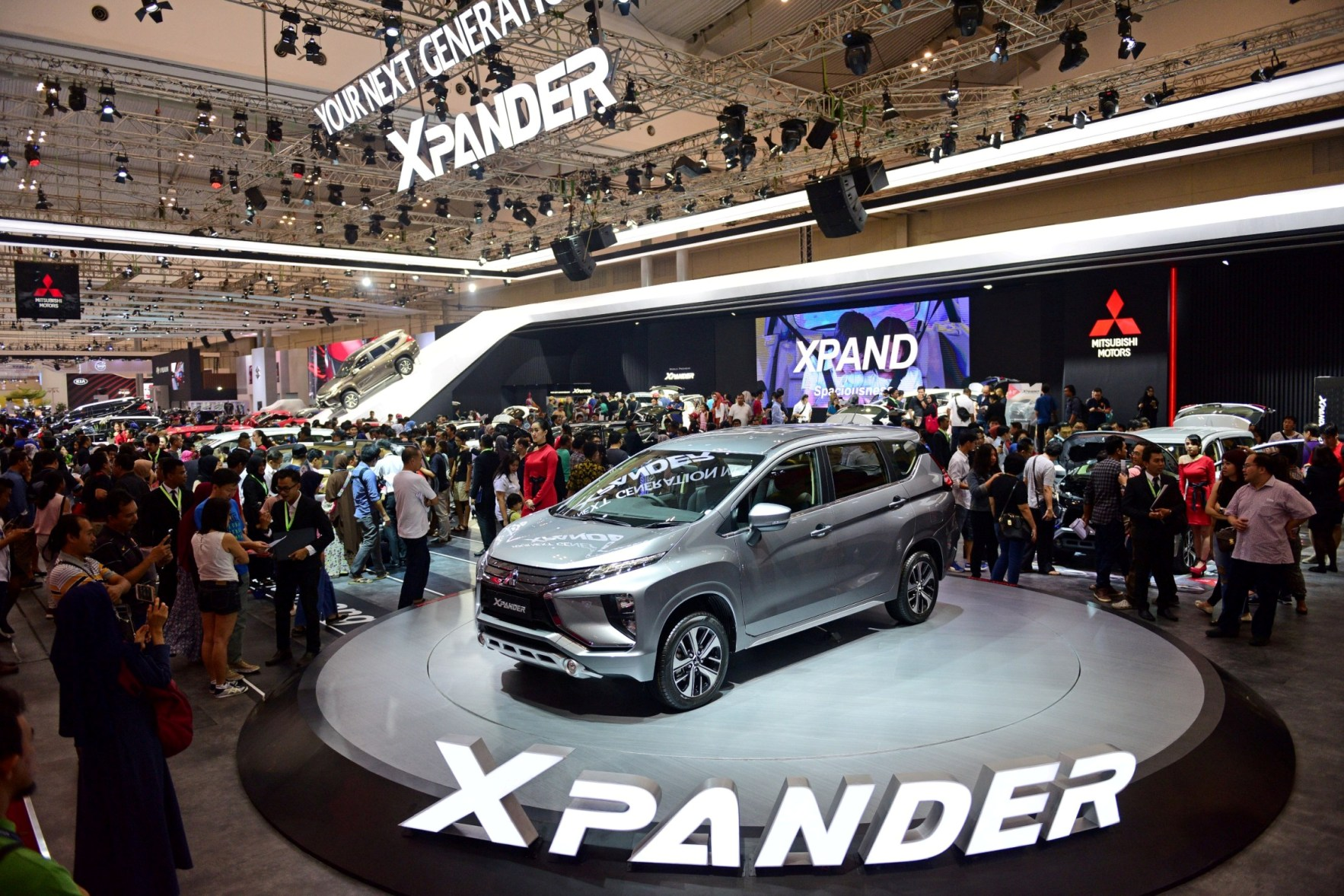 LAMPUNG POST | Mitsubishi Siap Kirim Xpander ke Seluruh Diler Pekan ini
