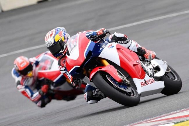 LAMPUNG POST | Duel Seru Dovizioso dan Marquez, Ducati Pemenangnya