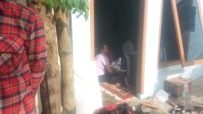 LAMPUNG POST | Orang Tua Diduga Lalai, Dewi Tenggelam di Kolam Renang