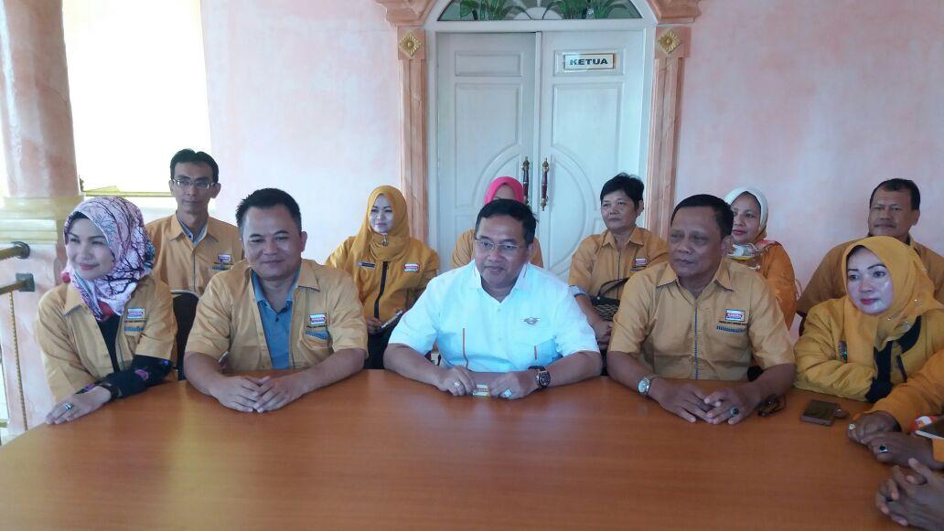 LAMPUNG POST | Partai Hanura Tawarkan Sri Widodo Wakil Mustafa di Pilgub Lampung