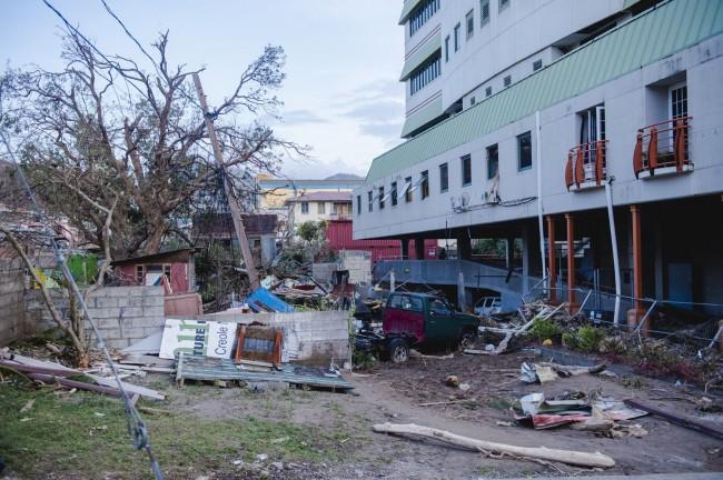 LAMPUNG POST | Badai Maria Terjang Kepulauan Karibia, 32 Orang Tewas