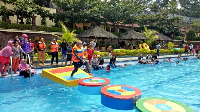 LAMPUNG POST | Slanik Waterpark Hadirkan Fun Walker