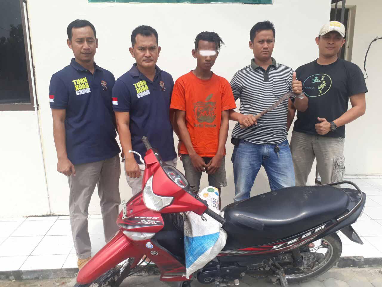 LAMPUNG POST | Pencuri Motor Ditangkap Tekab 308 Polsek Palas
