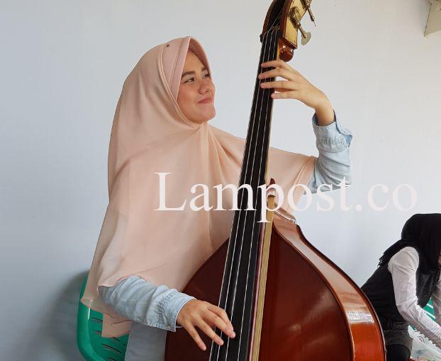 LAMPUNG POST | Malam Ini, Hijab Hunt 2017, Tamara Aisyah Tampil di Tugu Rato