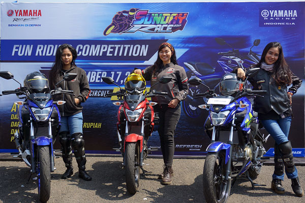 LAMPUNG POST | Tiga Lady Bikers Ramaikan Yamaha Sunday Race Seri-3