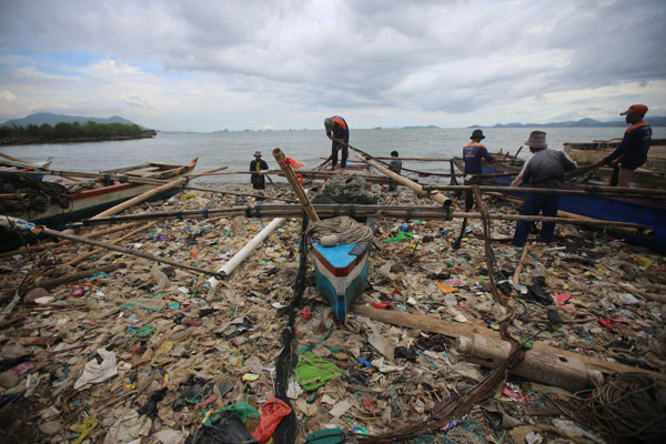 LAMPUNG POST | Wali Kota Herman HN Marah Ditanya  Solusi Tumpukan Sampah