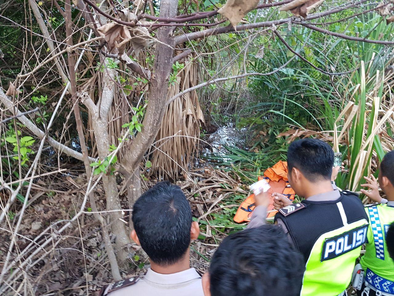 LAMPUNG POST | Warga Temukan Kerangka Manusia di Pantai Ketang, Kalianda