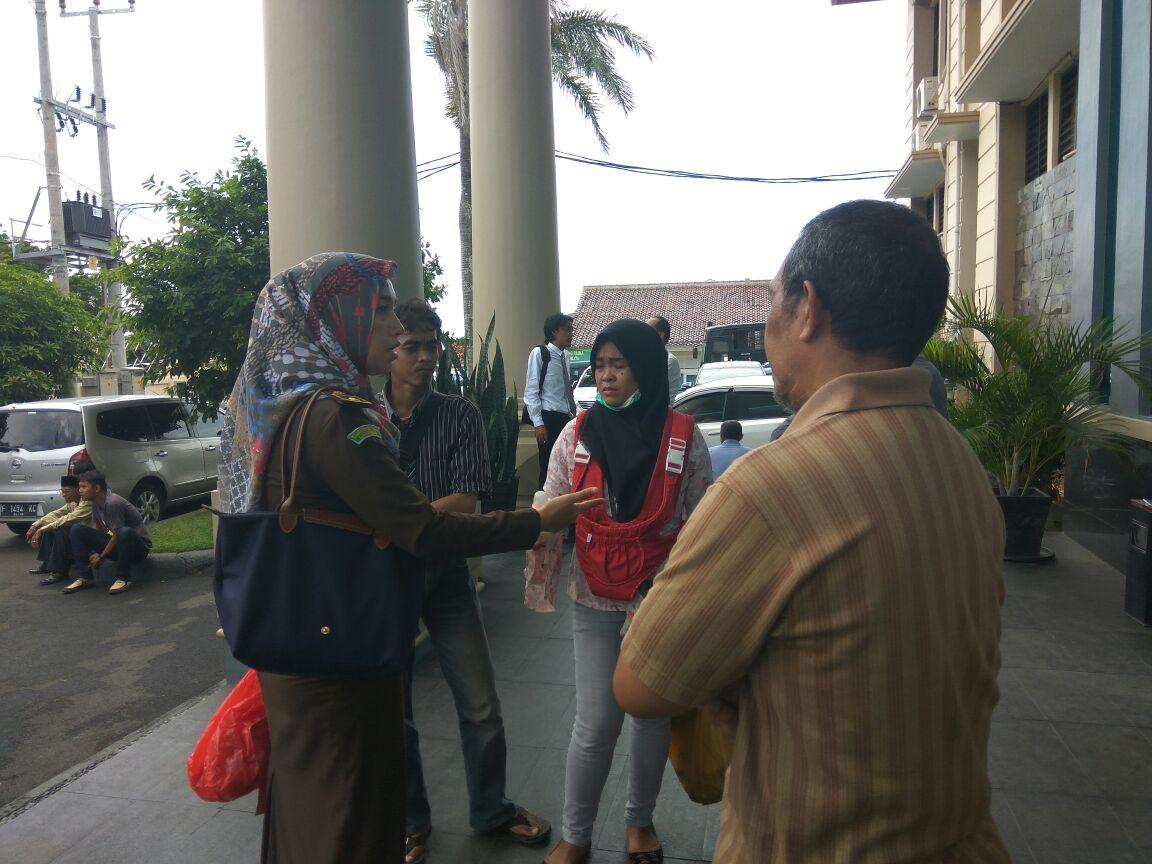 LAMPUNG POST | Korban KDRT Surati Kapolda Lampung