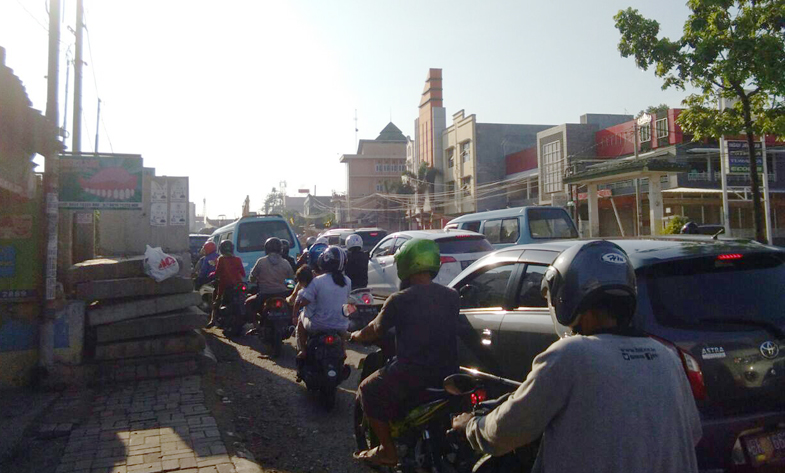 Duh, Kemacetan Pembangunan Flyover MBK Makin Parah