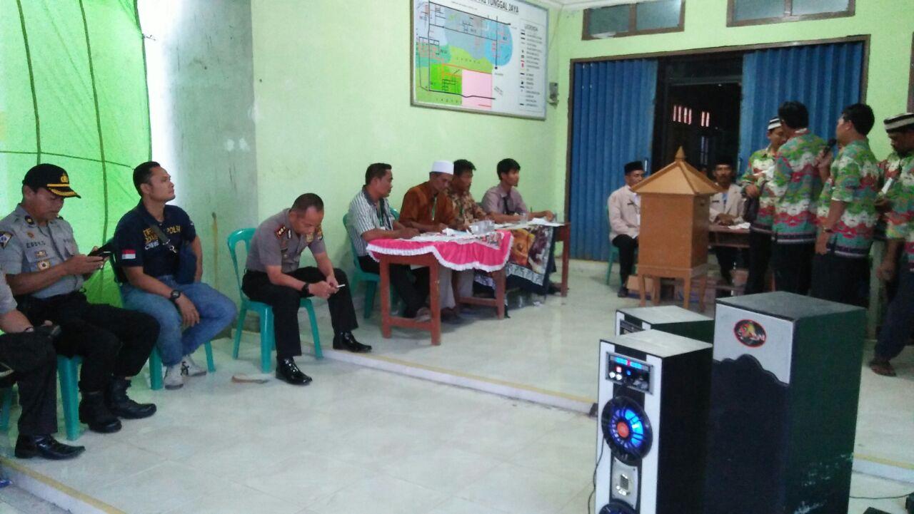 LAMPUNG POST | Kapolres Pantau Pelaksanaan Pemilihan Kepala Kampung di Tulangbawang