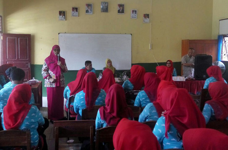 LAMPUNG POST   Disdikbud Kota Tekankan Guru Beri Pendidikan Bermutu