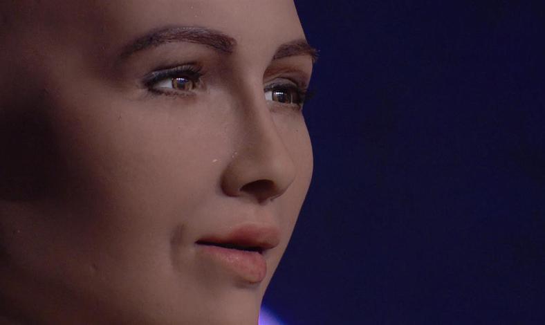 LAMPUNG POST | Ini Dia Robot Pertama yang Punya Kewarganegaraan