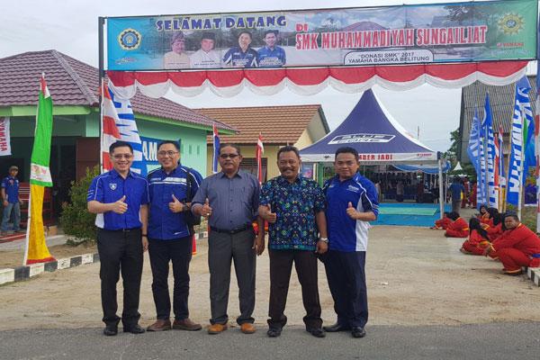 LAMPUNG POST | Yamaha Donasikan Motor ke SMK Bangka Belitung