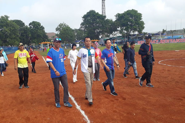 Resmikan Lapangan Sofbol, Ini Pesan Gubernur Lampung