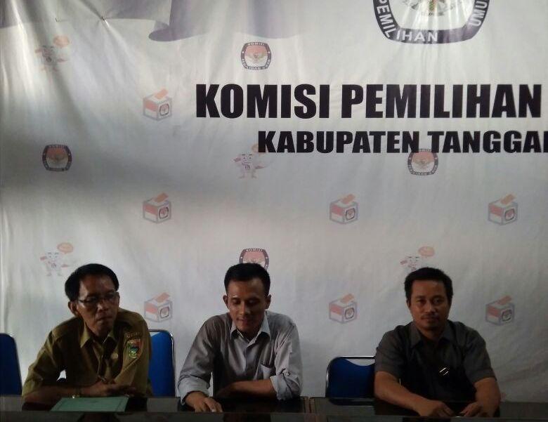 LAMPUNG POST | Pasangan Calon Bupati Tanggamus Harus Lengkapi Syarat Pendaftaran