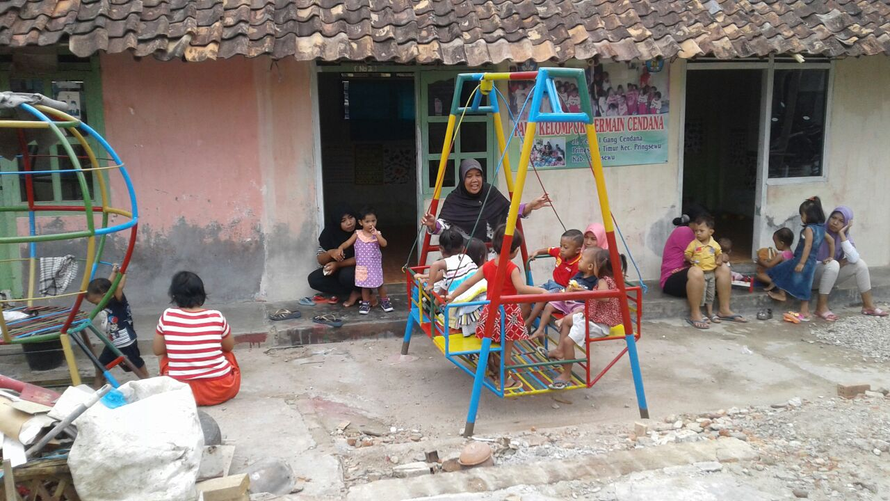 Sediakan Akses Pendidikan Dini Warga Kurang Mampu