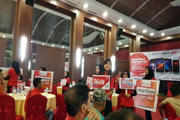 LAMPUNG POST | Smartfren Luncurkan Produk Baru di Lampung