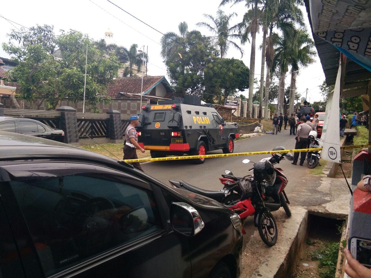 Ledakan dari Rumah Warga di Dekat Polsek Tanjungkarang Barat, Belum Jelas Asalnya