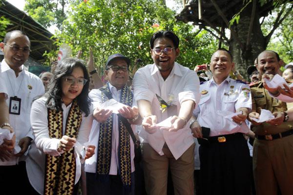 LAMPUNG POST | Sejumlah BUMN Salurkan Bantuan Sosial ke Lampung