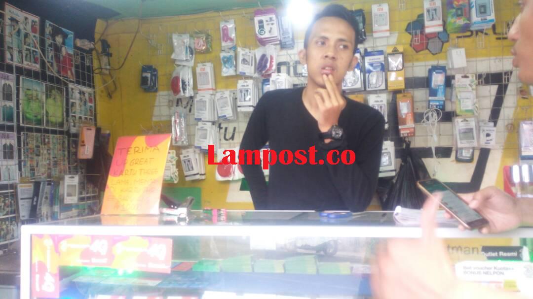LAMPUNG POST   Gerai Ponsel Dibobol Maling, Kerugian Mencapai Rp8,5 Juta