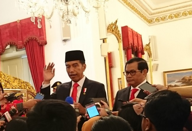 LAMPUNG POST | Jokowi Desak Menteri PUPR Perketat Pengawasan Proyek Infrastruktur