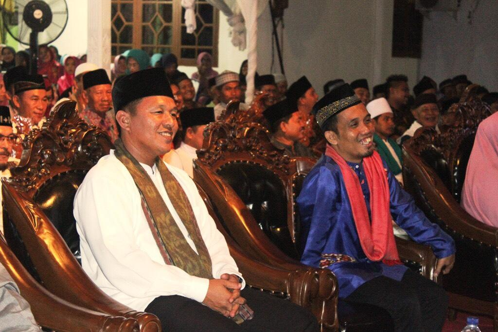 LAMPUNG POST   Hari Santri Nasional, Mustafa dan Ustaz Maulana Beri Pencerahan Santri