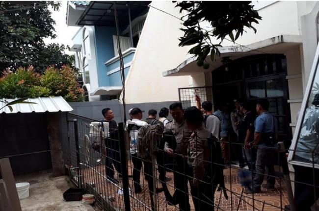 LAMPUNG POST | BNN Gerebek Rumah di Tangerang, 11 Ribu Ekstasi Disita