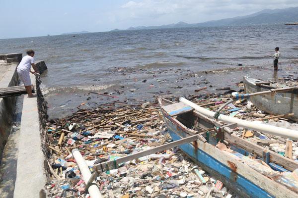LAMPUNG POST | 108 Kilometer Teluk Lampung Tercemar Sampah