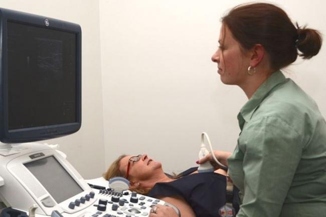 LAMPUNG POST   Perempuan Diimbau Deteksi Dini Kanker Serviks-Payudara