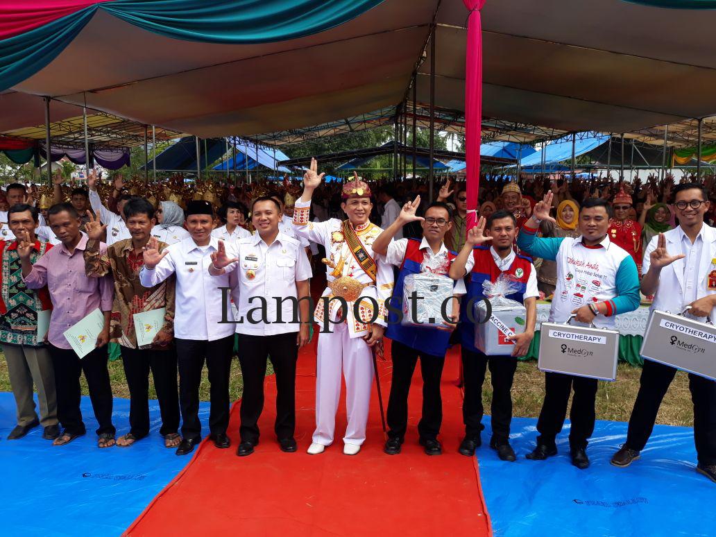 LAMPUNG POST | Gubernur dan Bupati  Sinergi dalam Membangun Lampung Barat