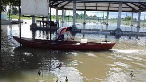 Banjir Rob Rendam Rumah Warga di Rawajitu Timur