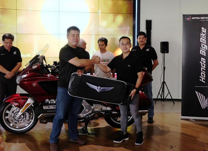 LAMPUNG POST | Ini Pembeli Pertama Motor Honda Gold Wing Seharga Rp1 Miliar