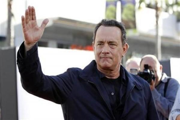 LAMPUNG POST   Tom Hanks Raih Penghargaan Atas Film Sejarah